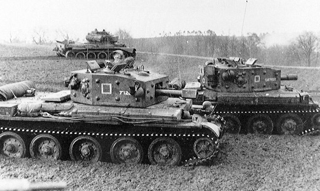 two Cromwell CS tanks