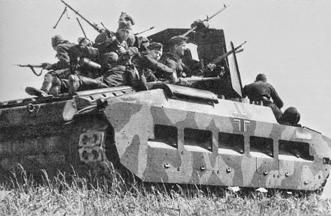 Infanterie PzKpfw MK II 748(e) Oswald transporting troops during a training exercise