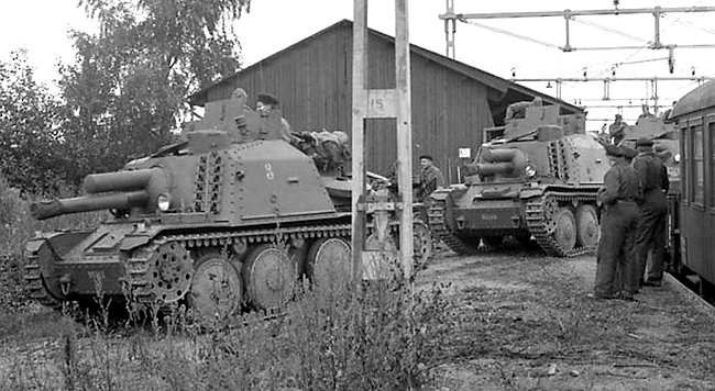 Stormartillerivagn m/43 105mm SPG