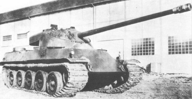 The 100mm armed AMX 50 design