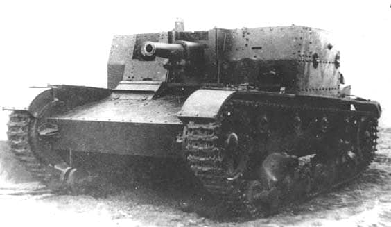 The AT-1 prototype. Notice the similarities to the SU-1, with the exceptions of the gun and subtle superstructure changes.