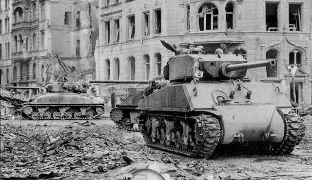 M4A3E2-picture-006-640x370.jpeg