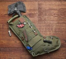 (P) Perfect Gift Ideas for Tank and Military Fashion Lovers