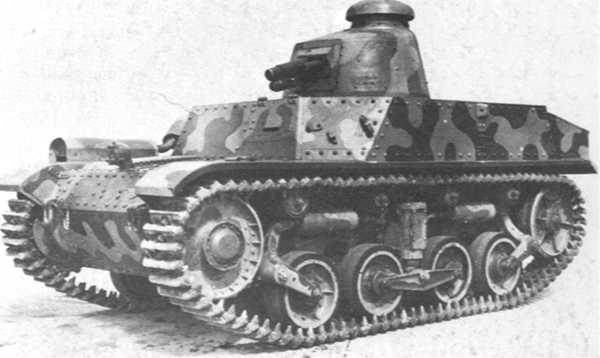 AMC 34 with the early provisional Berliet turret