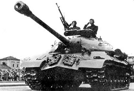 IS-3_Czechoslovakia.jpg